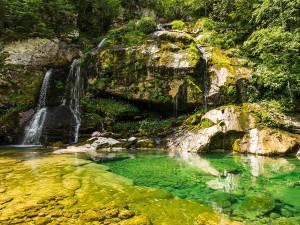 Am Wasserfall Virje