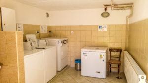 Waschmaschine und Gefriertruhe