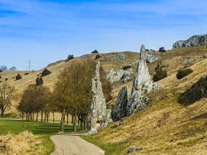 Naturdenkmal Steinerne Jungfrauen im Eselsburger Tal
