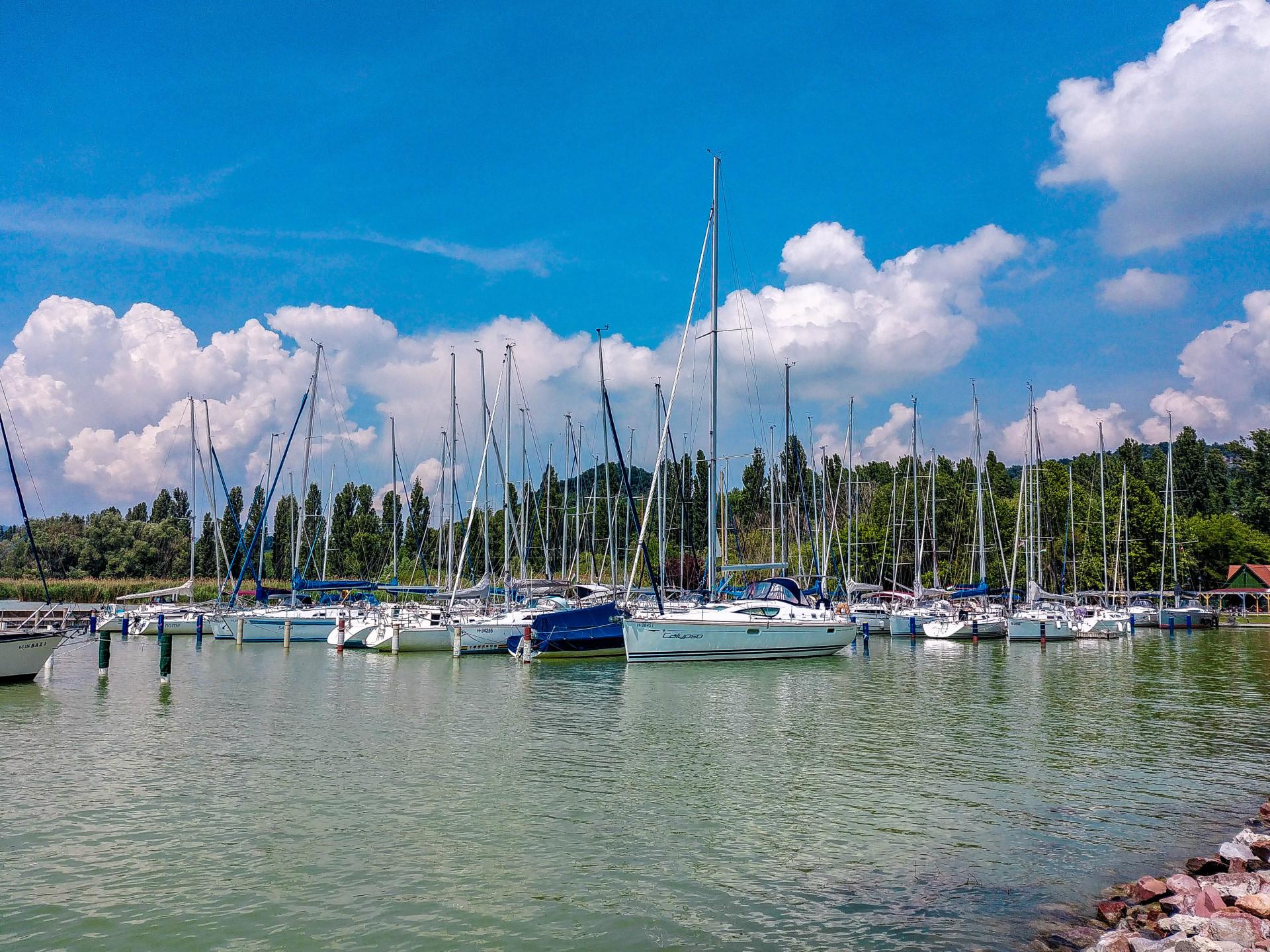 Hafen von Szigliget