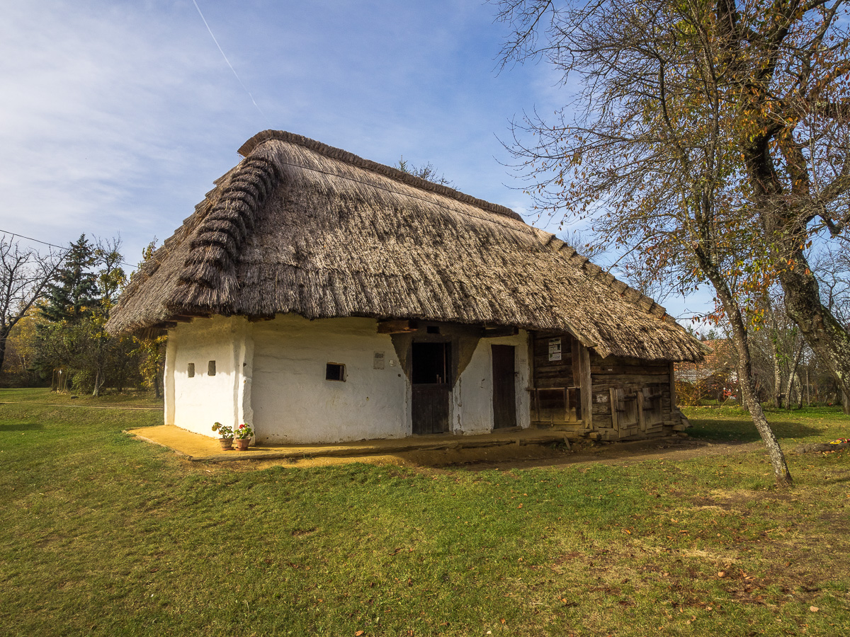 Historisches Gebäude im Freilichtmuseum in Pyterszer