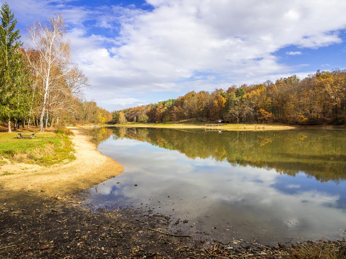 Vadása-See im Örseg Nationalpark