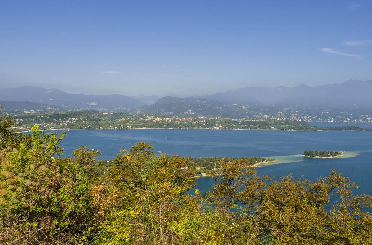 Blick auf den Gardasee vom Rocca di Manerba