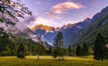 Camping in Slowenien - Bergpanorama am Camp Soca