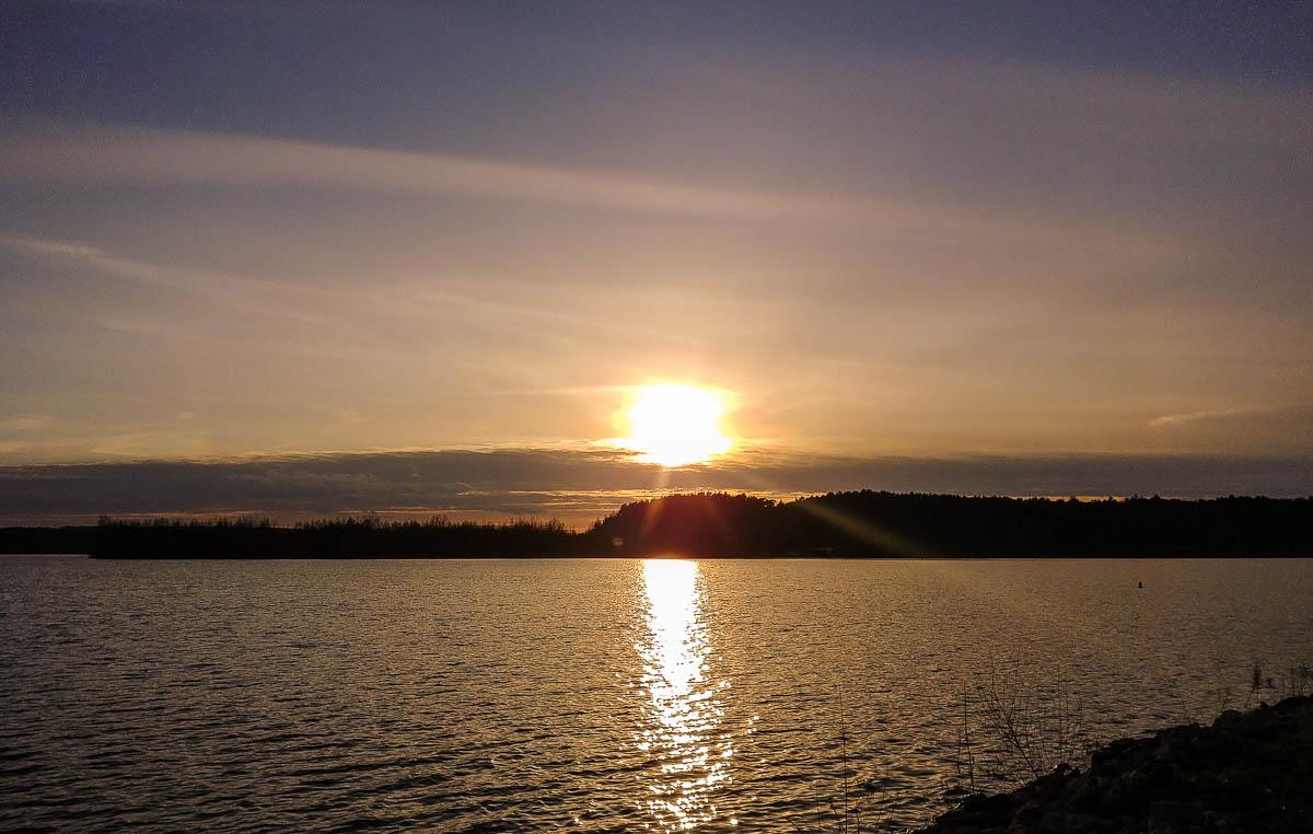 Sonnenuntergang am Brombachsee - Fränkisches Seenland mit dem Wohnmobil