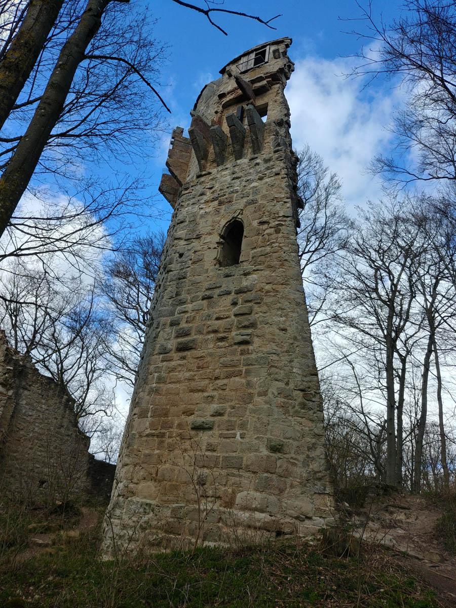 Bergfried der Ruine Stollburg